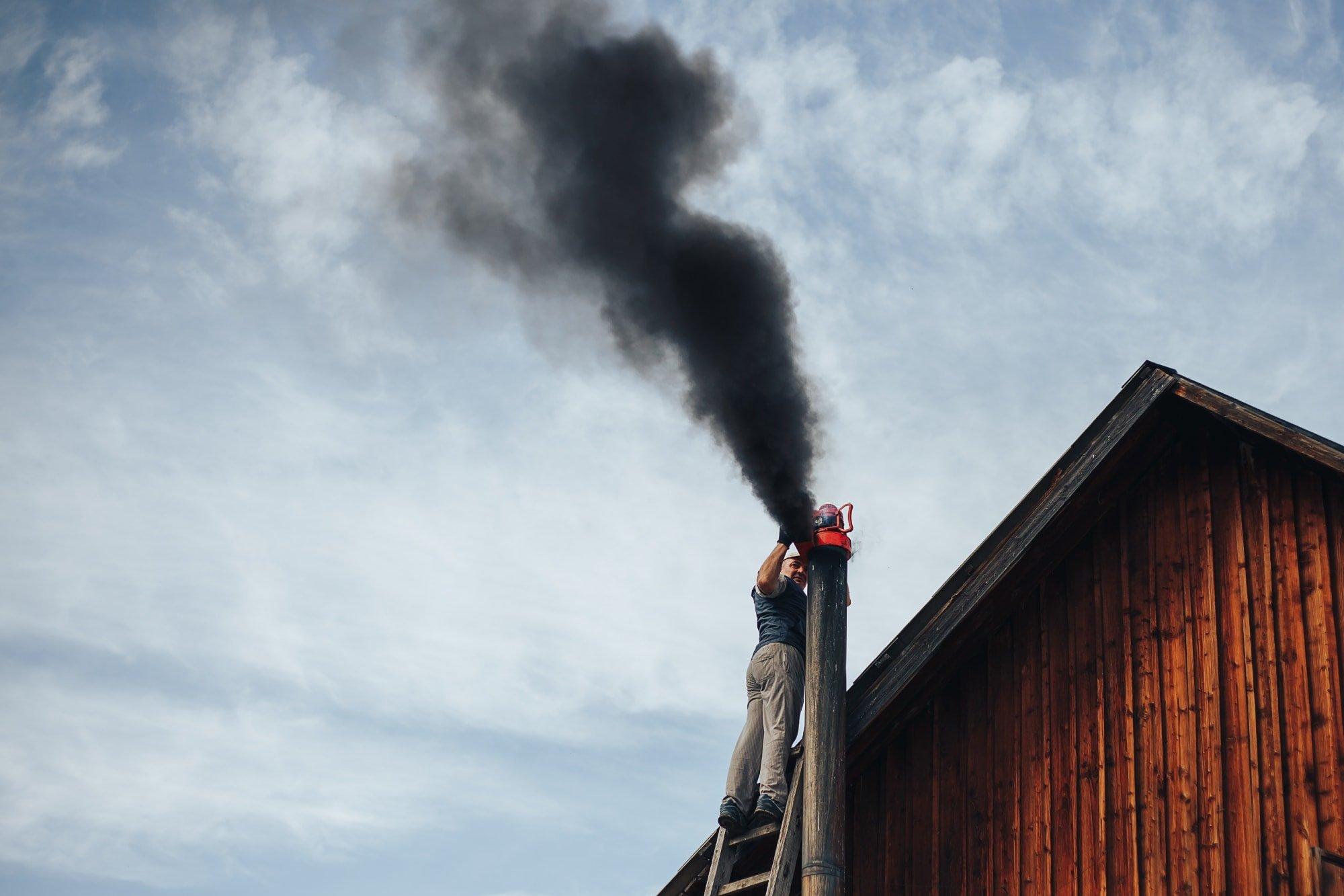 Kominík střecha komín